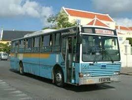 Auto huren Curaçao bus