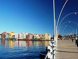 D-Reizen Curaçao pontjesbrug